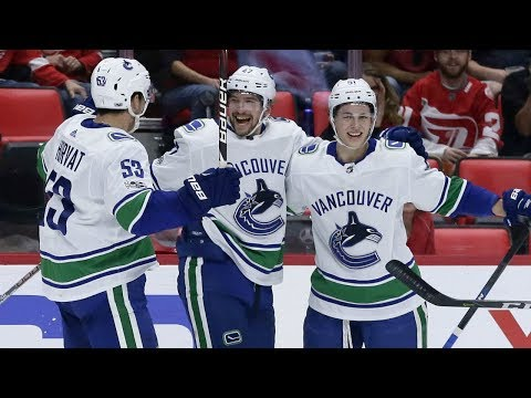 Plays of the Night: Baertschi and Virtanen deliver for Canucks in win over Red Wings (Oct 22, 2017)