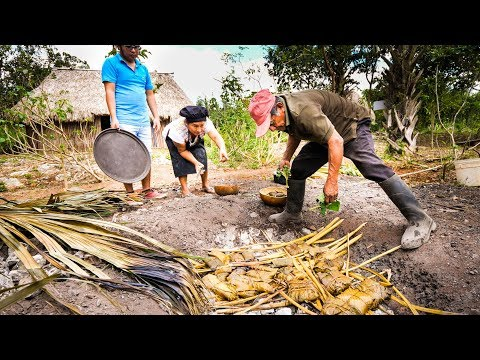 Ancient MAYAN FOOD – Jungle Cooking in MAYA VILLAGE in Quintana Roo, Mexico!