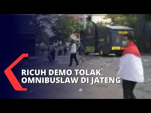 aksi demo mahasiswa tolak omnibus law di berbagai daerah di indonesia