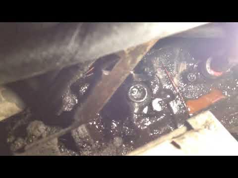 Снятие двигателя 4AFE в простом гараже своими руками. Тойота Спринтер Кариб AE95. 1990 год.