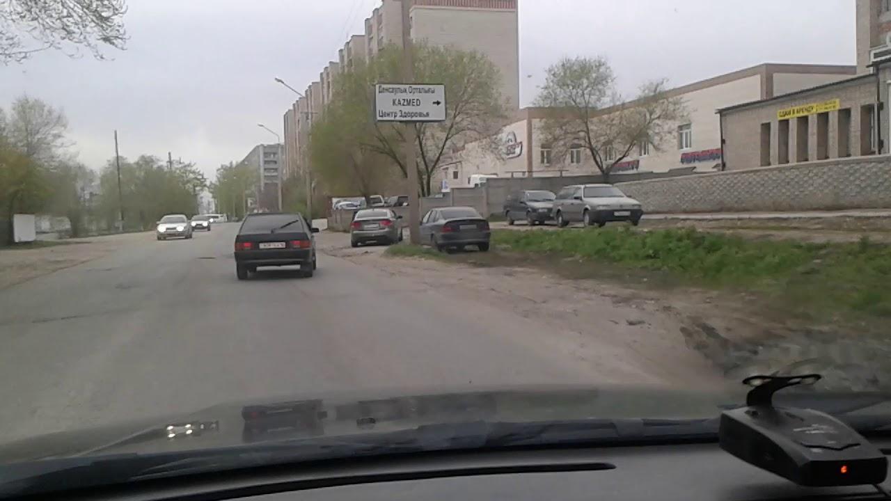 Пешеход переползает дорогу...