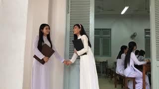 Kha Ly Thuý Diễm xinh tươi nhí nhố trong tà áo dài trắng hậu trường phim Dâu Bể Đường Trần