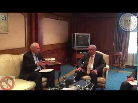 لقاء المهندس/طارق قابيل وزير التجارة والصناعة مع سفير اليونان بالقاهرة