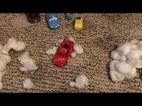 Disney Pixar's Cars 3 Lightning McQueen's Crash Remake