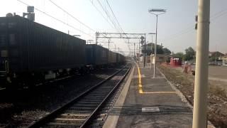 preview picture of video 'E 483.054 ELETTRA DI GTS Rail IN TRANSITO A TORRICOLA CON IL TCS 48647'