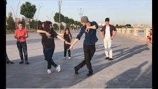 Новая Чеченская Лезгинка В Баку 2018 Танцуют Красиво по Чеченски ALISHKA ELVIN LEYLA