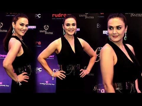 Preity Zinta HOT Look After Plastic Surgery At Golden Glory Awards Show 2019