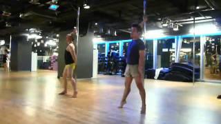Pole Dance: Zoom - Tata