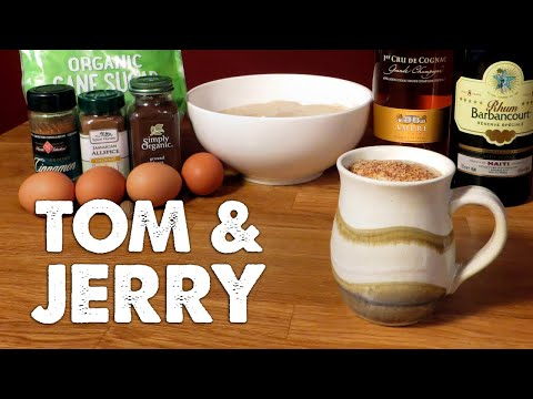 Video How to Make Tom and Jerry - the Homemade Christmas Brandy & Rum Punch (Alternative to Eggnog)