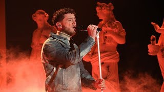 Gambar cover Bazzi Makes Life 'Beautiful' on Ellen