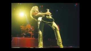 Steve Clark Tribute - Def Leppard - Where Does Love Go When it Dies