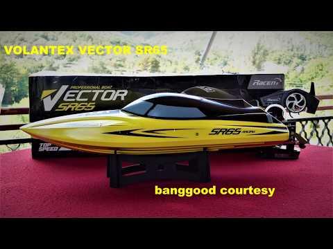 FANTASTIC RC RACING BOAT SUPER FAST WATCH IT