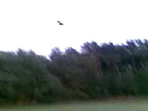 Vliegen met een model F18 in Overloon