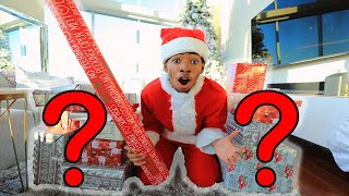 Wrapping A SECRET Christmas Present... | VLOGMAS DAY 14