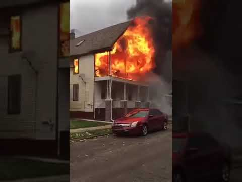 House on fire in hamtramck