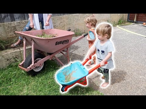Triplets Help With Gardening (Cute!)