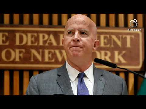 New York City Police commissioner steps down