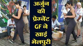 Arjun Rampal's Girlfriends Gabriella Demetriades Enjoys Bhelpuri; Check Out | FilmiBeat