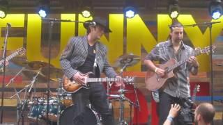 Robert Rodriguez playing guitar live!