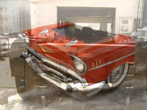 Muebles con autos 50s