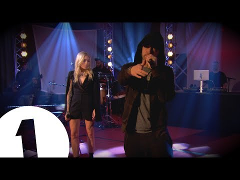 Eminem – Won't Back Down ft Skylar Grey on Radio 1