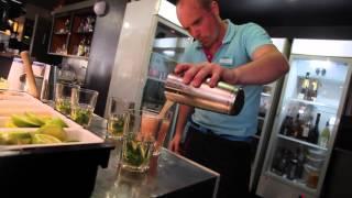 Mikl veut devenir barman