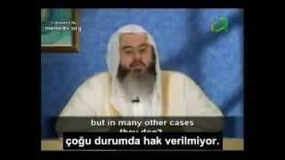 İslama göre kadınlar eşlerine cinsel hizmet vermekle yükümlüdür.