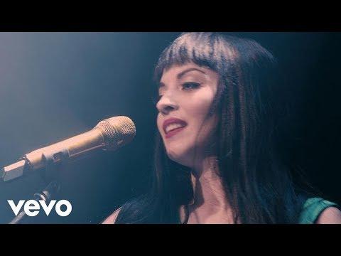 Mon Laferte - Amárrame / Pa´Dónde Se Fue (En Vivo)