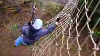 preview picture of video 'Jungle swing at Wendover Go Ape'