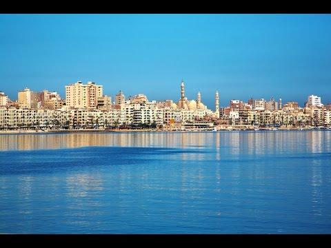Alexandria, mji mzuri katika Misri, katika pwani ya Bahari ya Mediterranean, juu ya Delta Nile.