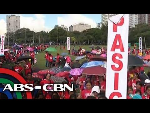 [ABS-CBN]  Mga taga-suporta ni Duterte, nagsagawa ng sariling protesta kasabay ng martial law anniversary