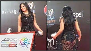 اغاني حصرية رانيا يوسف بفستان فاضح على السجادة الحمراء بمهرجان القاهرة تحميل MP3