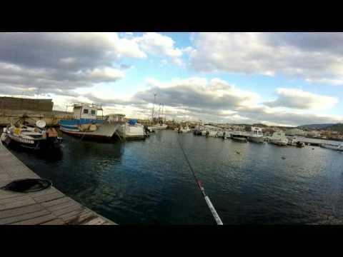 La pesca nellinverno su video mormyshka un bezmotylka