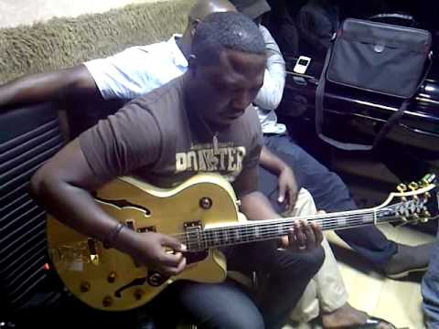 Agboola Shadare (Recording Live Guitar) on Ayo Tikare's song - 'WONDER'