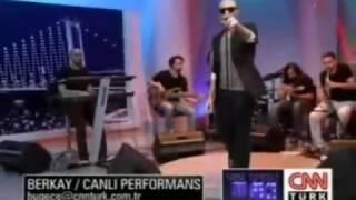 Berkay - Gitmeseydin 2011 (CNN Türk Canlı Performans)