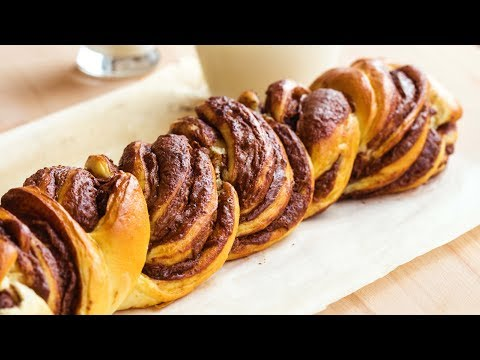 , title : '9 Foods That Are Better BRAIDED