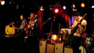 Dan Auerbach - Whispered Words (live in Sydney, 2009-04-06)