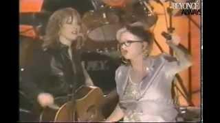 Destiny's Child, Cyndi Lauper, Heart, Wynona Judd and Amy Grant (Live Women Rock! Girls & Guitars)