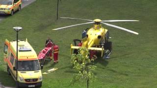 preview picture of video 'záchranářský vrtulník 1.9.2013 Opava - Kateřinky'