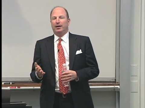 Oracle CFO's Career Didn't Follow Straight Path