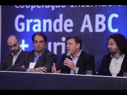 Italianos conhecem o Grande ABC e Paulo Serra define novas datas do IPTU em Santo André