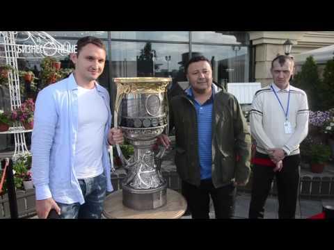 Воспитанник «Ак Барса» Хафизуллин привез Кубок Гагарина в Казань
