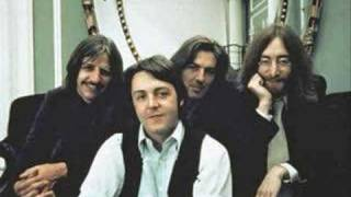 The Beatles- I'm So Tired (Sung by Paul McCartney)
