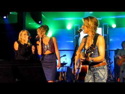 "Sheryl Crow, Miranda Lambert & Ashley Monroe ""Take It To the Limit"""