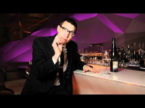 Wine Protips: How To Swirl Your Wine