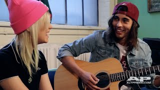 <b>Vic Fuentes</b> And Jenna McDougall Hold On Till May Acoustic