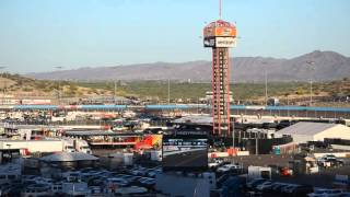 Desert Diamond West Valley Phoenix Grand Prix - Start  Of The Race, Castroneves Leads