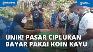 Pasar Ciplukan di Karanganyar, Mau Beli Tukarkan Dulu Uang dengan Koin Kayu Mirip Tempo Dulu
