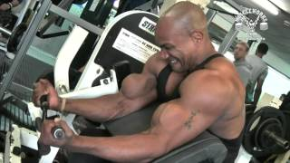 preview picture of video 'Triceps & Biceps Workout with Lenny St Cyr   Muscleworks Gym Bethnal Green London'