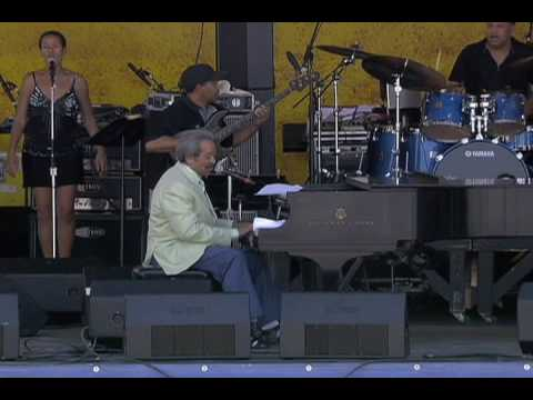 Allen Toussaint at the 2007 New Orleans Jazz & Heritage Festival online metal music video by ALLEN TOUSSAINT